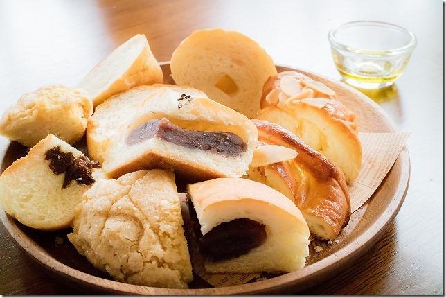 麦の木の食べ放題のパン