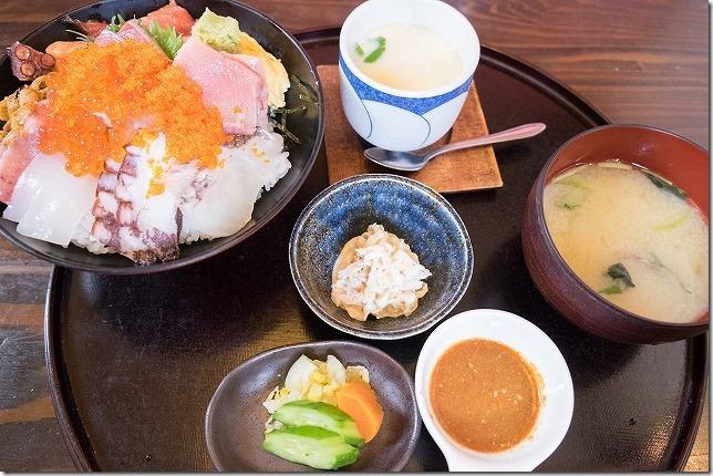 塚本鮮魚店 極み海鮮丼のセット