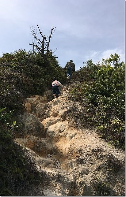 糸島 立石山登山道を子供と