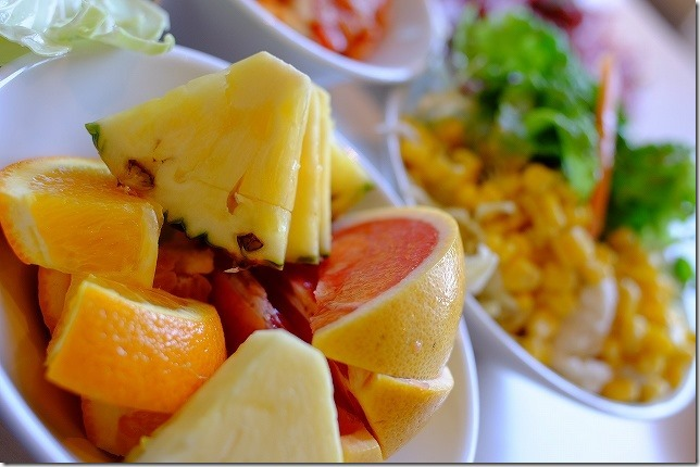 焼肉なべしまのサラダバー 果物