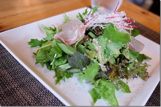 玉色農園レストランのランチ(サラダ)