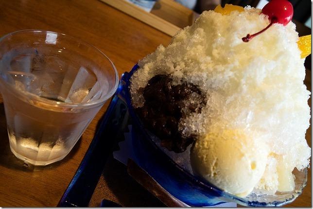 伊都の湯どころで、かき氷「しろくま」