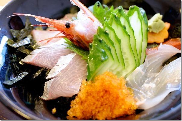 糸島 芥屋で海鮮丼とあら炊き定食(民宿 磯の家でランチ)