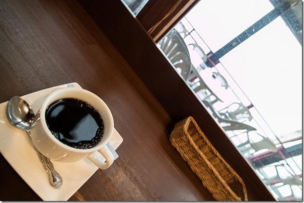糸島深江タイ料理ドゥワンチャンの店内から見晴らし