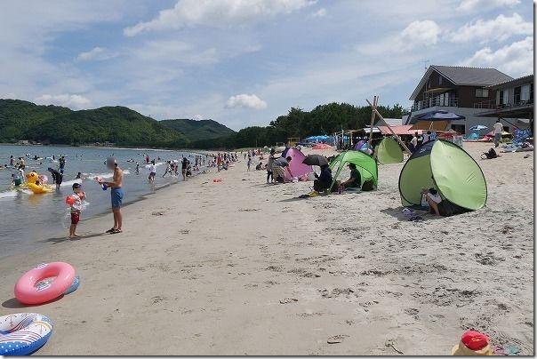 糸島、深江海水浴場の込み具合