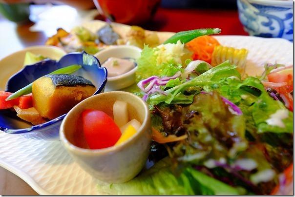 糸島カフェ月うさぎのランチ、野菜たくさん