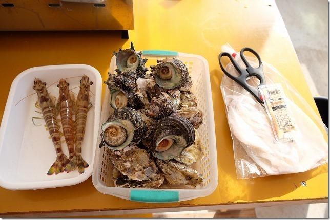 糸島牡蠣小屋、福吉漁港・伸栄丸(佐々木)の食材