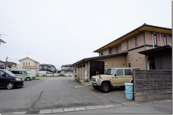 糸島、塚本鮮魚店の駐車場