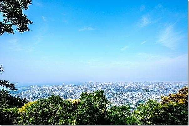 叶岳山頂付近からの眺めです