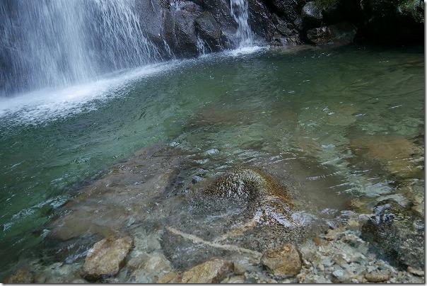 坊主ヶ滝の滝壺