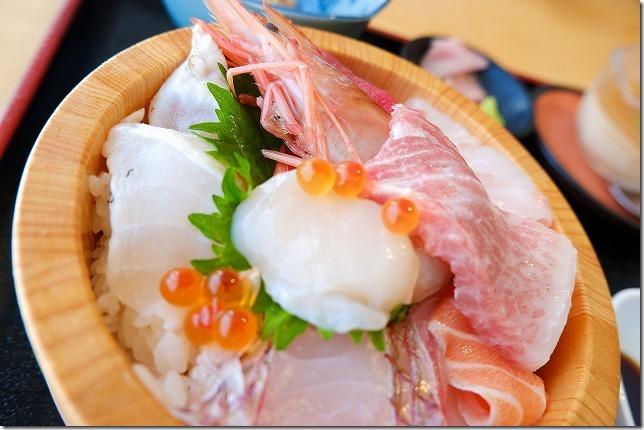 糸島食堂の海鮮丼