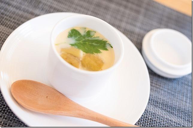 ごはん屋 朔で頂いた定食コースを紹介、茶碗蒸し