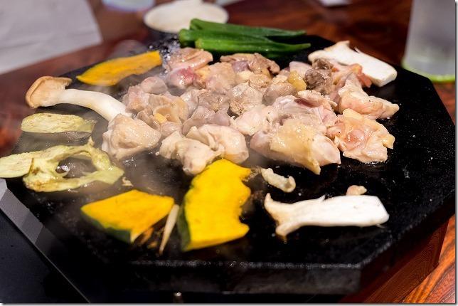 深江、「えきにくヤンボー」の食べ放題(親鳥・若鶏)のランチ