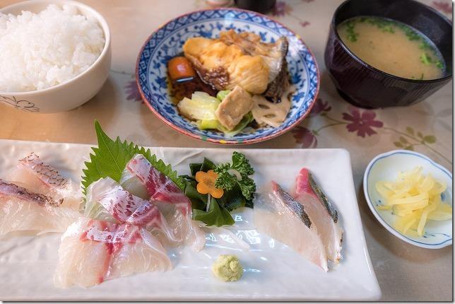 マルタ活魚,糸島市加布里でお刺身定食