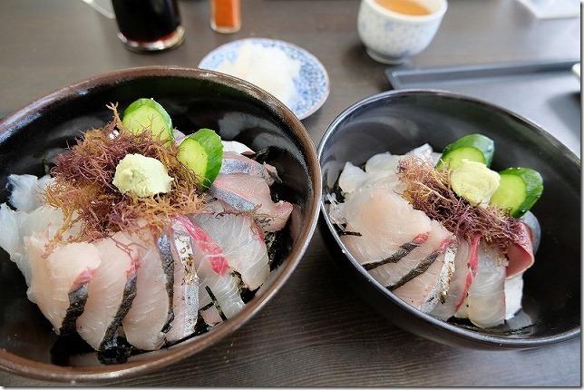 「志摩の海鮮丼屋」の糸島海鮮丼(大・中)