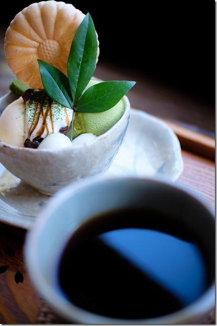 今宿・花野季の抹茶とあずきの和パフェと珈琲
