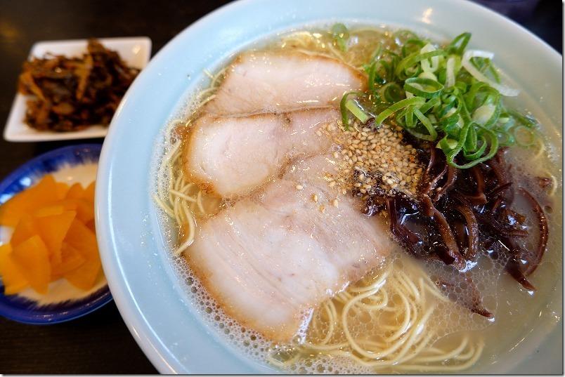 まるきんセット(ラーメン+小チャーハン)のラーメン