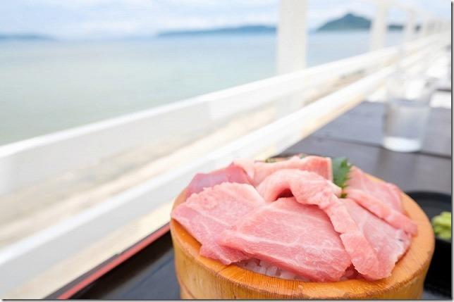 糸島食堂の特選クロマグロ丼