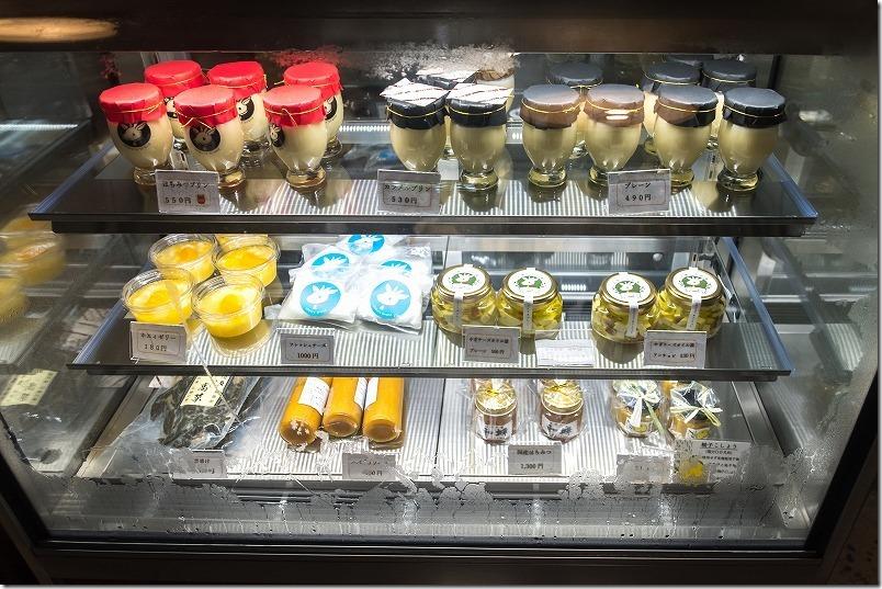 糸島「やぎ牧場」のメニュー、プリン、チーズ