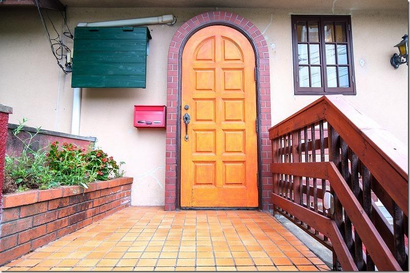 糸島、喫茶、純でランチ。玄関