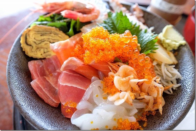 糸島・魚庄の海鮮丼