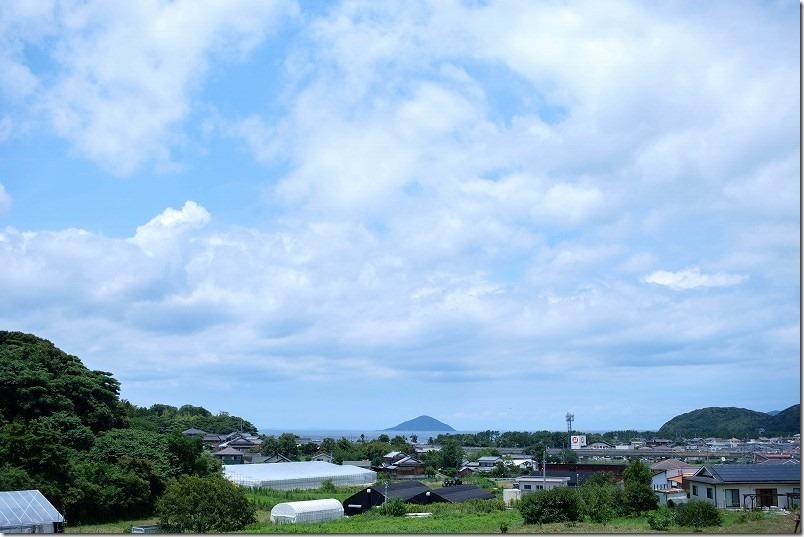 糸島市深江、Cafe食堂Nord(ノール)から海を見渡す