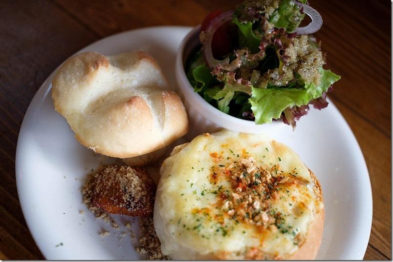 カフェ食堂 Nord(ノール)のパン詰めグラタン