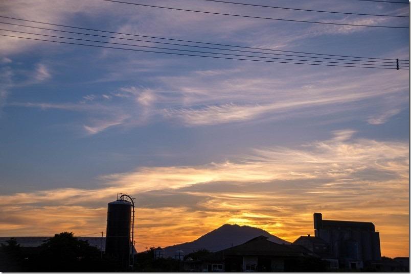 志登神社から糸島富士(可也山)
