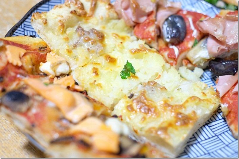木の葉モール橋本のPizzaArTaioのピザ